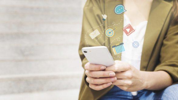 """Capa do artigo """"Aplicativos para celular"""""""